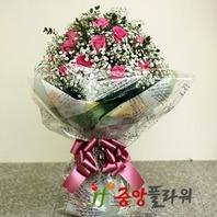 분홍장미안개꽃다발